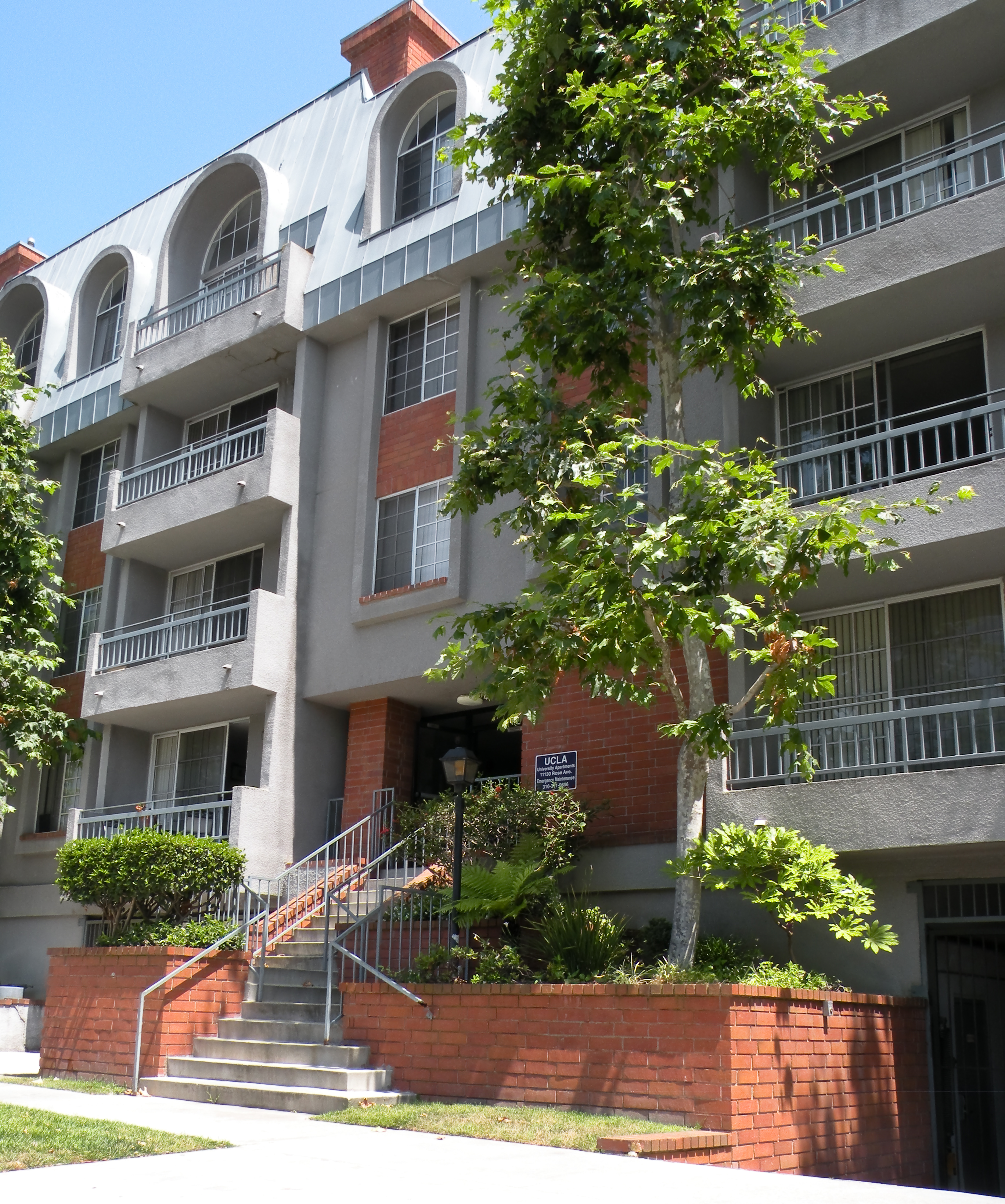 Apartment Locator Los Angeles: UCLA Campus Map: 11130 Rose Avenue Apartments; 11130 Rose